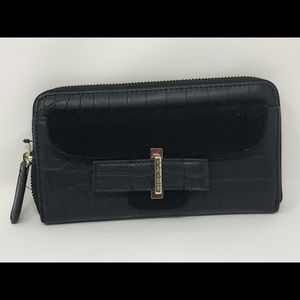 NWT g by guess wallet black